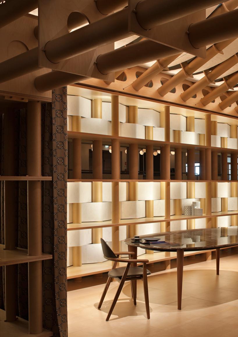 Paper shigeru ban paper pavilion for hermes 2011 for Maison hermes