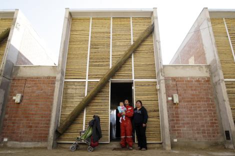 02casa ruca santiago social housing1
