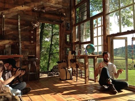 03 glass-cabin olson 3