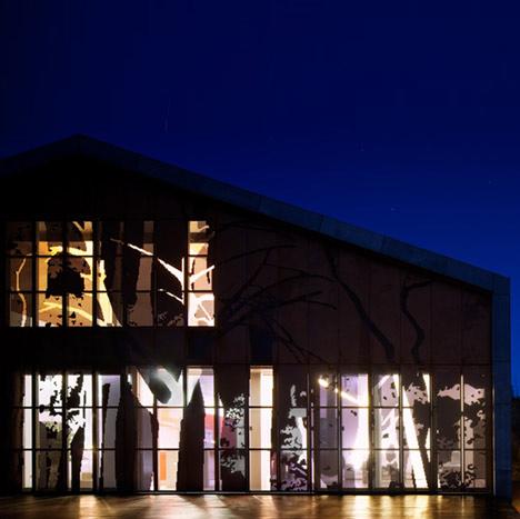 dzn_Prefab-House-in-Cedeira-by-MYCC-1