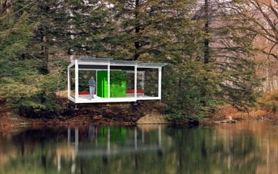 Alain Berteau's UV Nomadic House