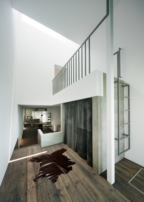 dezeen_Promenade-House-by-FORMKouichi-Kimura-Arcitects_16