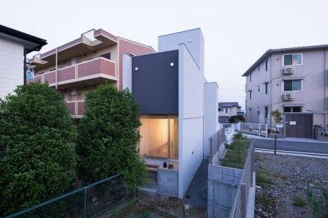 Promenade-House-By-Kouichi-Kimura-Architects-In-Shiga-Japan-yatzer-10