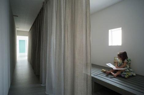 Promenade-House-By-Kouichi-Kimura-Architects-In-Shiga-Japan-yatzer-22