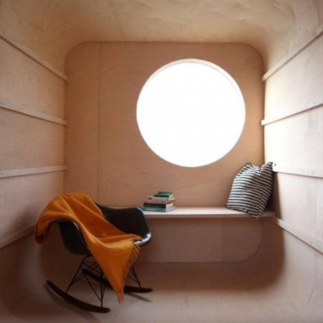 8_construction-trailer-transformed-into-small-dwelling-karel-verstraeten_007_01_-custom--530x530